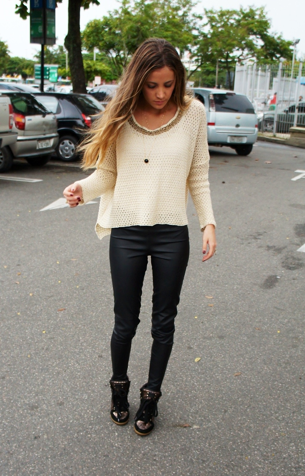 Legging + sneakers | Photography | Pinterest